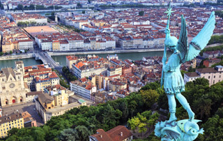 Smart-Cities-Intelligence-ambiante-ville-vivante-carlos-moreno
