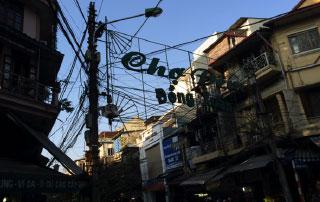 Le marché Dong Xuan à Hanoi