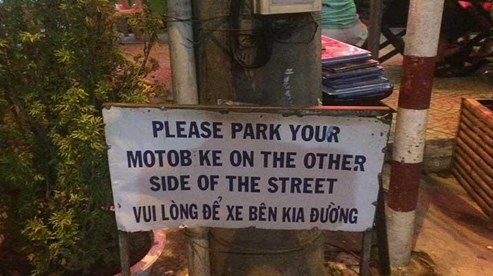 Hué Vietnam Sign