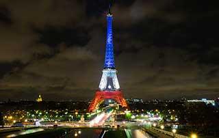 Paris-Tour-Eiffel-Carlos-Moreno