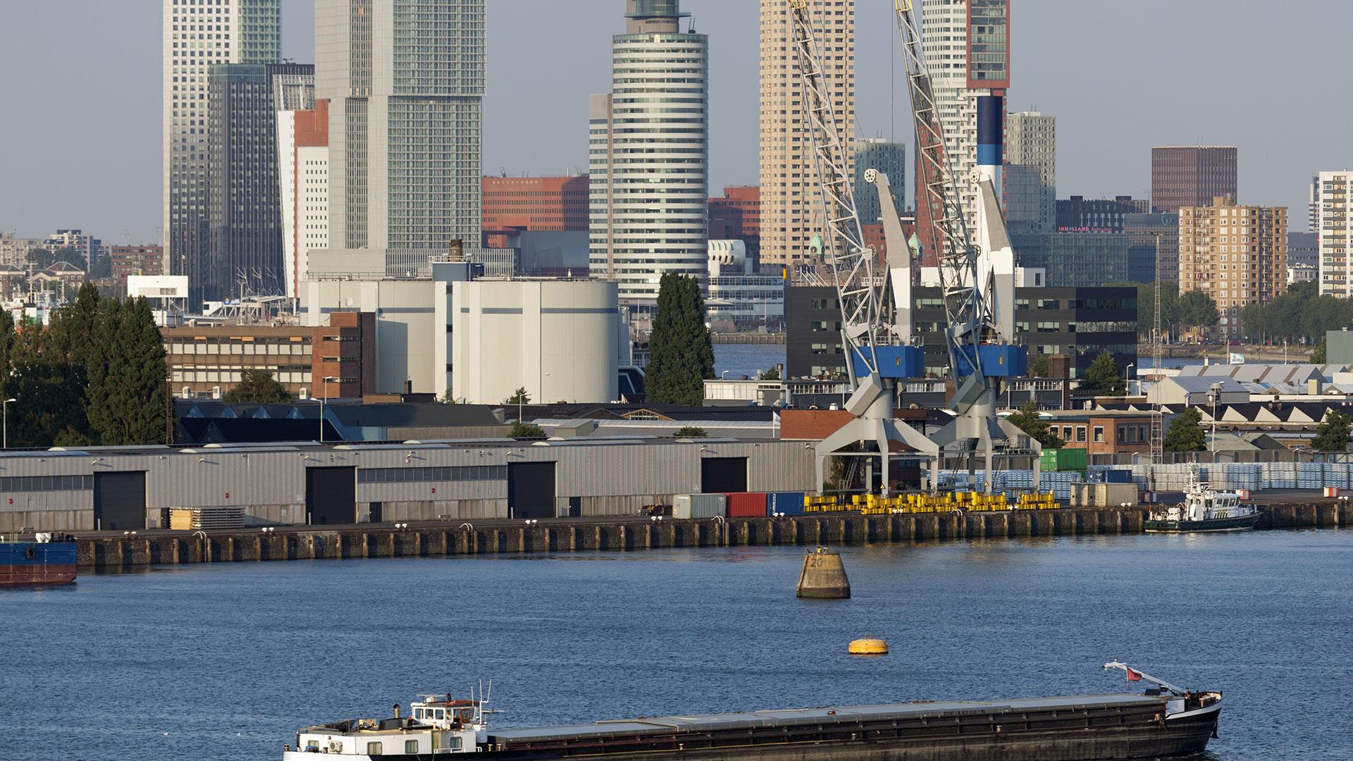 ville-port-rotterdam-carlos-moreno