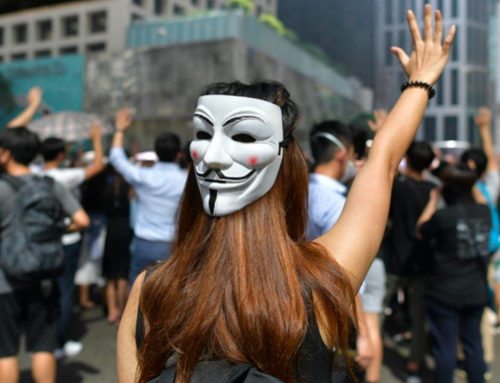 "Libération – ""Bas les masques !"" – 19 mars 2020"